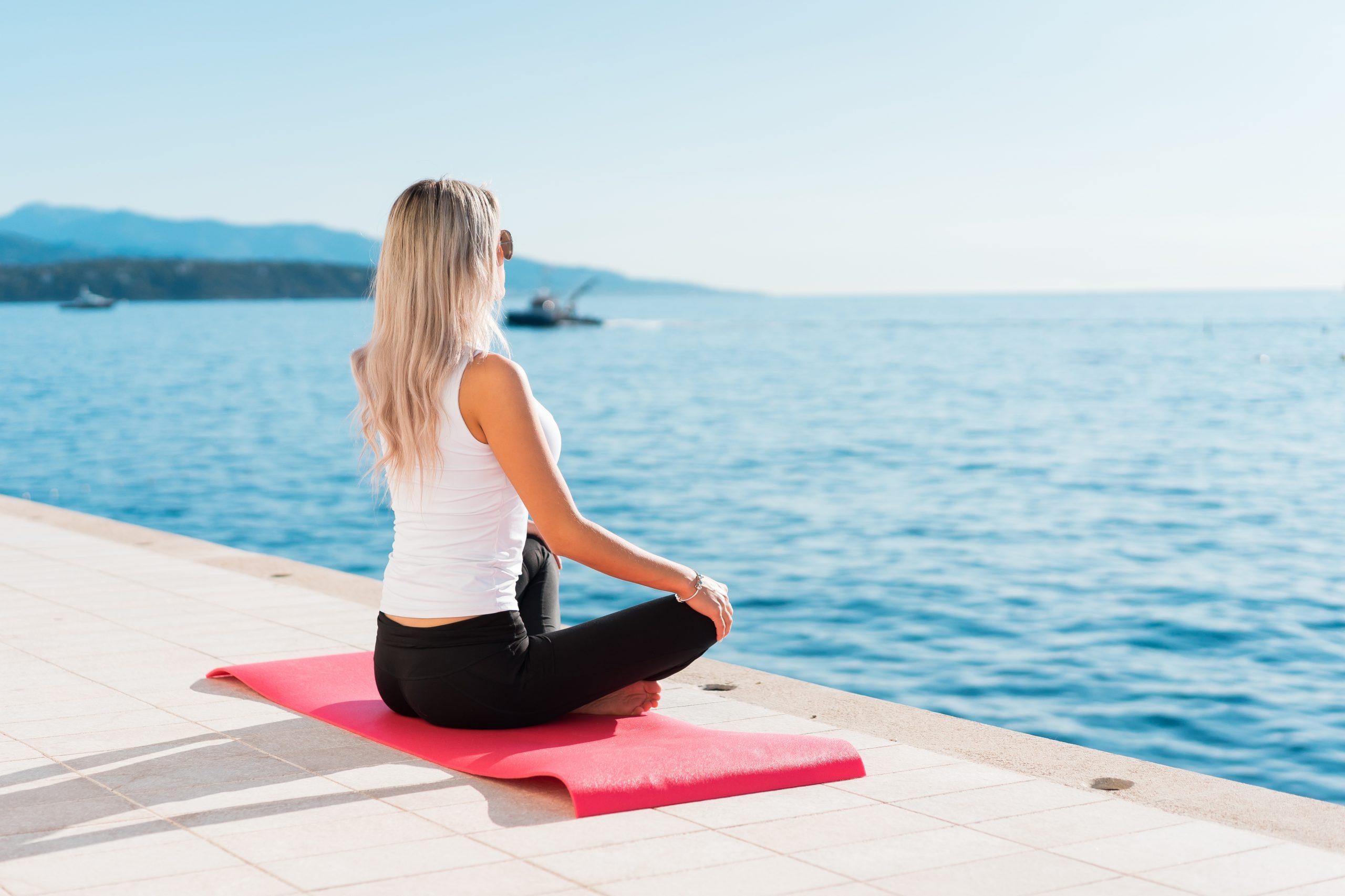 Медитация на коврике
